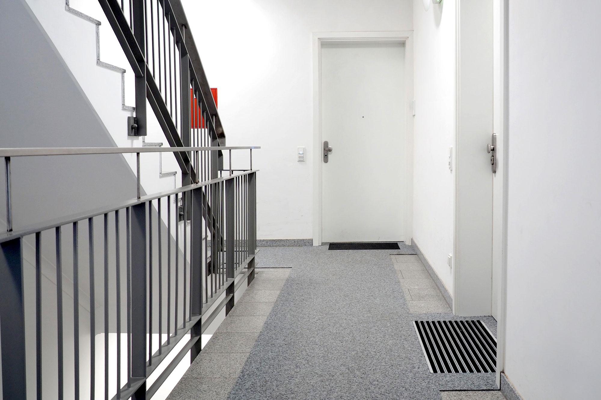 Hausflur- und Treppenläufer im Objekt